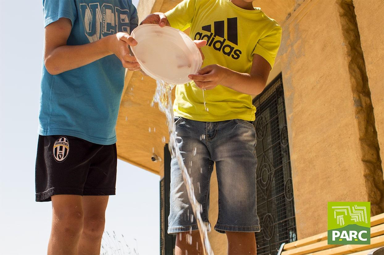 Giochi con l'acqua dedicati al riciclo