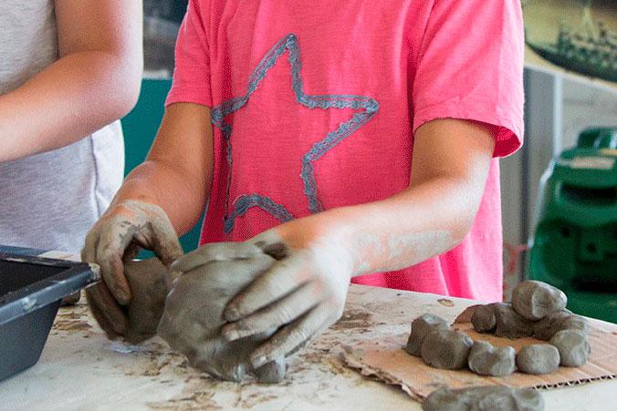 Manipolazione argilla